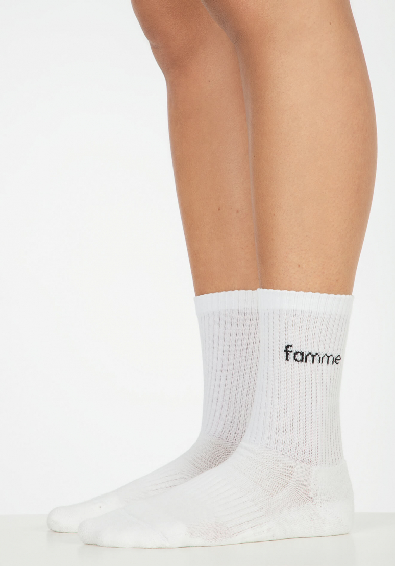 Famme Sky Knit Socks - White